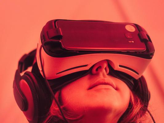 virtual realita.jpg